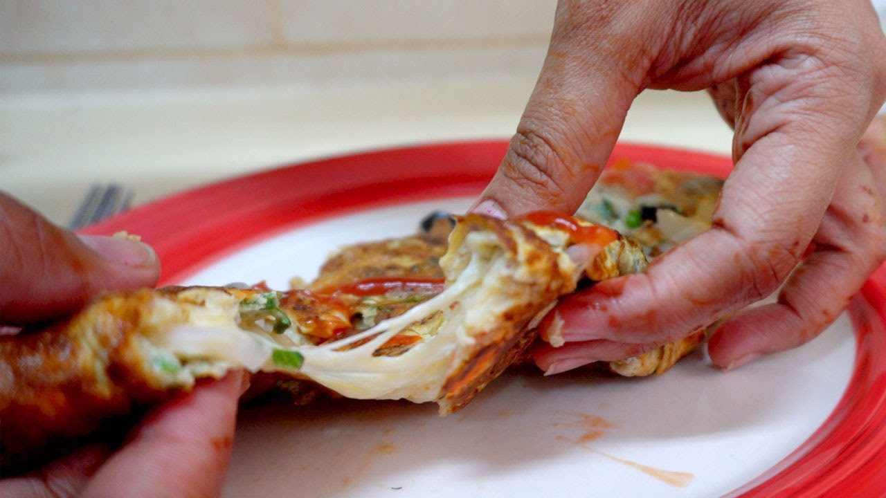 Cheesy Omelette/omelet
